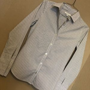 Banana Republic button up blouse